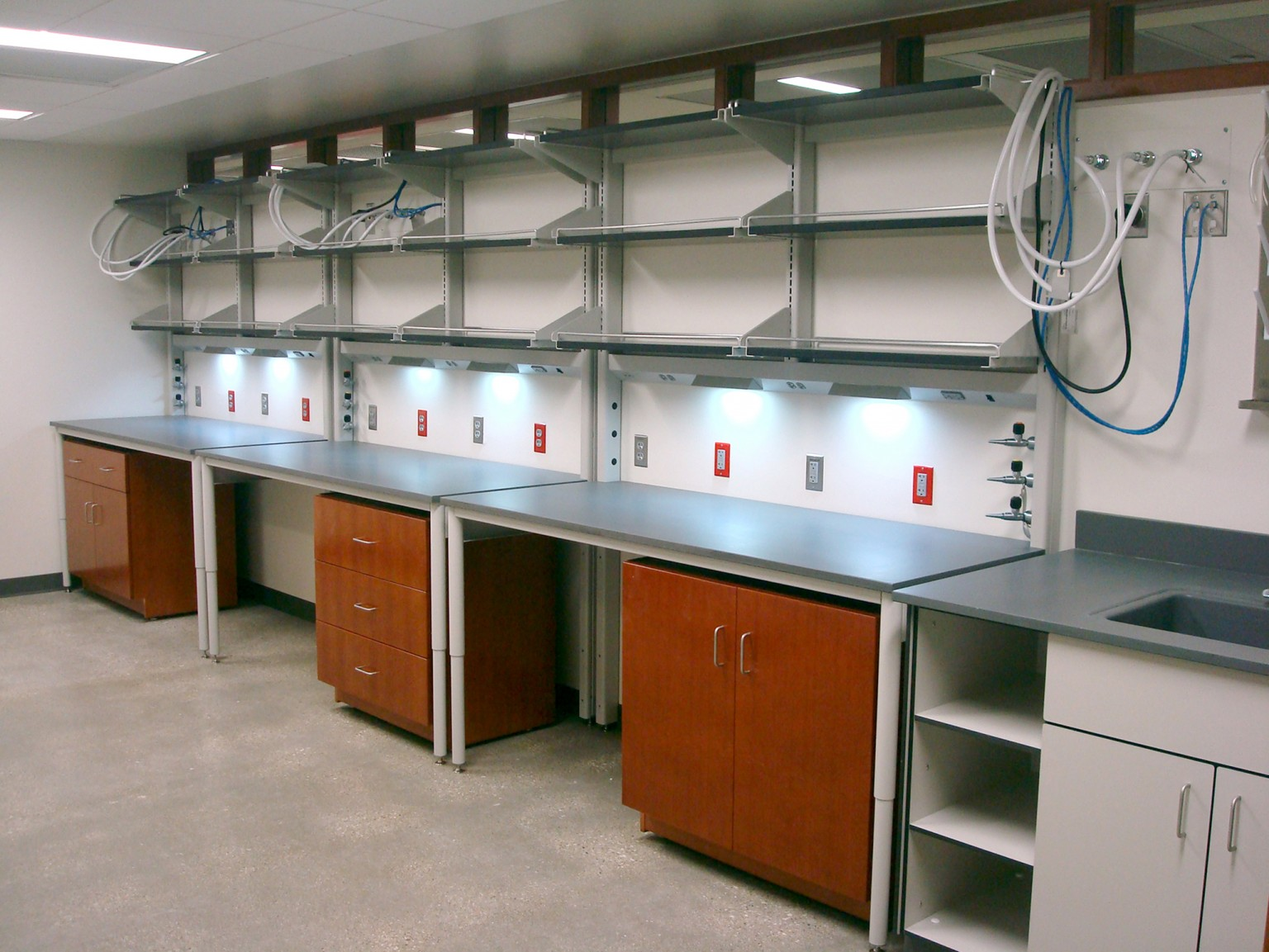Envision Work Benches