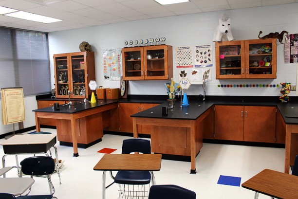 Lexington High School Science Lab 2
